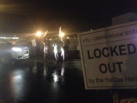 Last night's picket at the printing plant on Bluewater Road in Bedford. The union is asking readers to cancel their subscriptions for the duration of the lockout. Photo Twitter