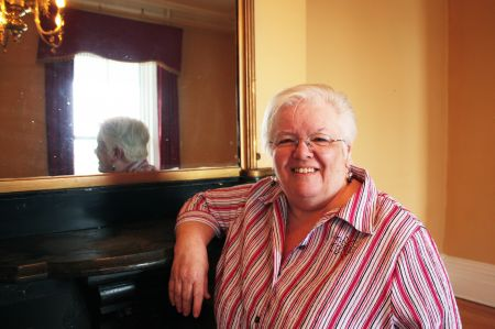 Building administrator Donna Merriam says goodbye to Victoria Hall. (Photo by Hilary Beaumont.)
