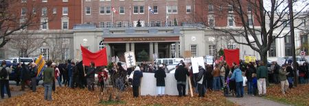 Mass picket condemns the 2009 Halifax War conference