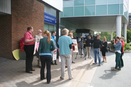 The information picket outside of the office of the College of Physicians and Surgeons on Bayers Road. Photo Robert Devet