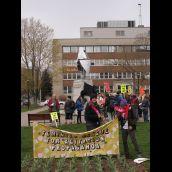 Chanting at Cornwallis Park