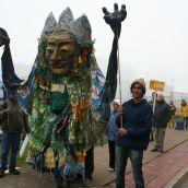 Largest costume.  Photo Robert Devet