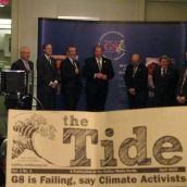 The ministers try to raise a smile as the G8 is failing (say climate activists)
