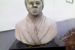 Harriet Tubman Memorial Bust defacement image 7
